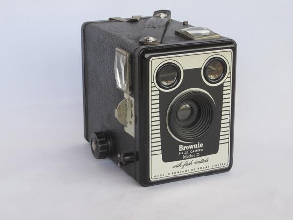Kodak Brownie Six-20 Modelo D